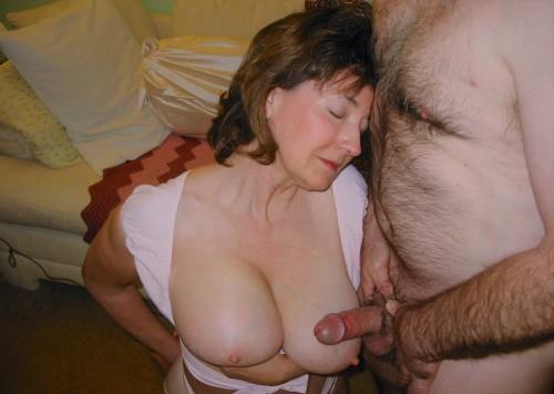 Ileanas-Big-Mature-Tits.jpg